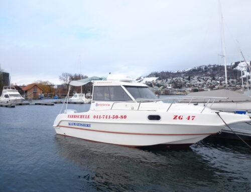 Start der Bootsfahrschule auf dem Zugersee